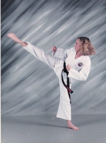 karate me